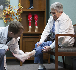 varicose veins and spider veins are symptoms of vein disease